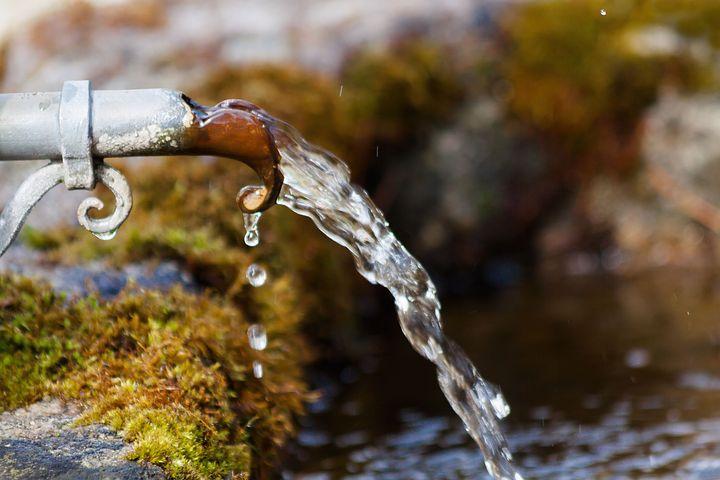 Nước nhiễm chì