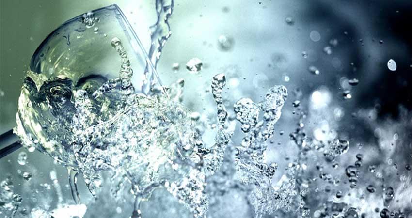 một ngày uống bao nhiêu lít nước