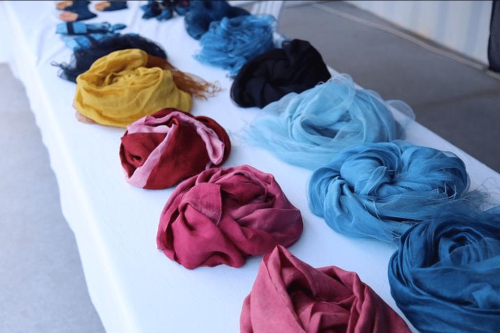 Phèn chua trong nhuộm vải